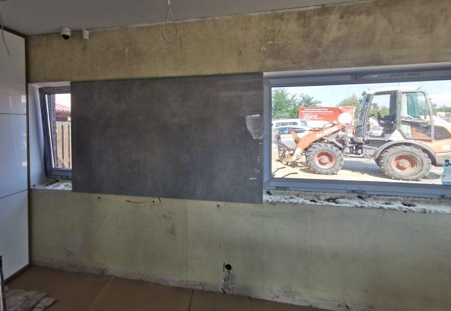 ściana przed